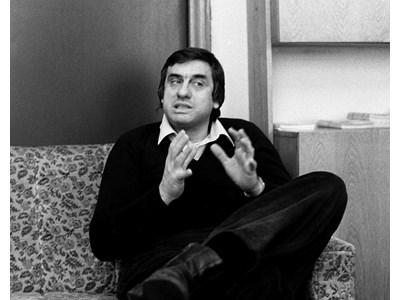 Станислав Стратиев - баскетболистът, който стана един от най-добрите български драматурзи.