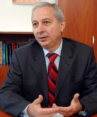 Проф. Огнян Герджиков: Предизборните кампании  започнаха с множество нарушения