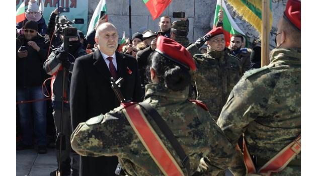 Радев на Шипка: Властта се опита да постави под карантина националната ни памет