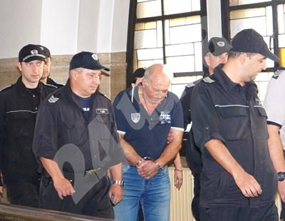 Григор Григоров в съда СНИМКИ: Десислава Кулелиева СНИМКА: 24 часа