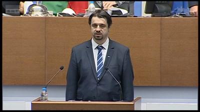 Георги Александров се закле в първия работен ден на парламента за 2021 г.