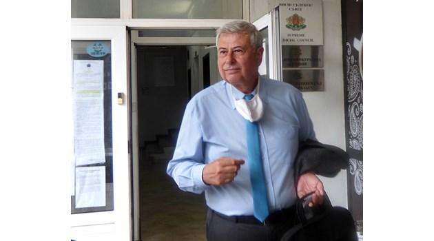 Съветник на президента се оплаква, че главният секретар го изнудва, Радев го уволнява за 3 дни