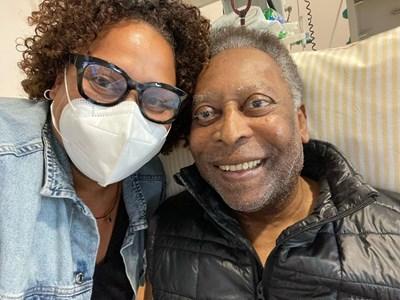 Кели сподели снимка с баща си от болничното легло СНИМКА: instagram.com/iamkelynascimento