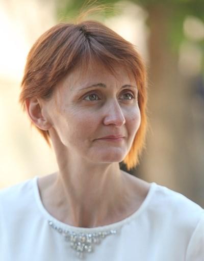 Анита Гълъбова - майка на блъснатия Ивайло Стоянов СНИМКА: Румяна Тонeва