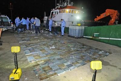 Арестуваха български моряци с кокаин за 40 млн. долара в Южна Африка СНИМКА: Western Cape SAPS