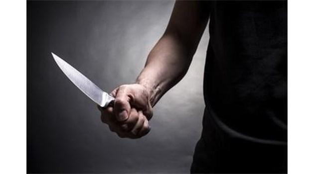 Работник осъди шефа си, заплашил го с нож да се подпише за взети заплати