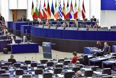 Европейските депутати гласуваха новите правила за защита на потребителите на последната за мандата си сесия.