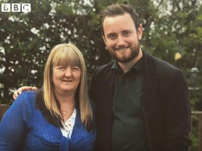 Джоан Скорфилд мотивира Джейкъб Дан да поеме по правия път, след като излежава само 14 месеца за смъртта на нейното дете.