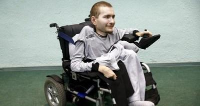 Руснакът Валерий Спиридонов чака първата операция за присаждане на глава. СНИМКА: АРХИВ