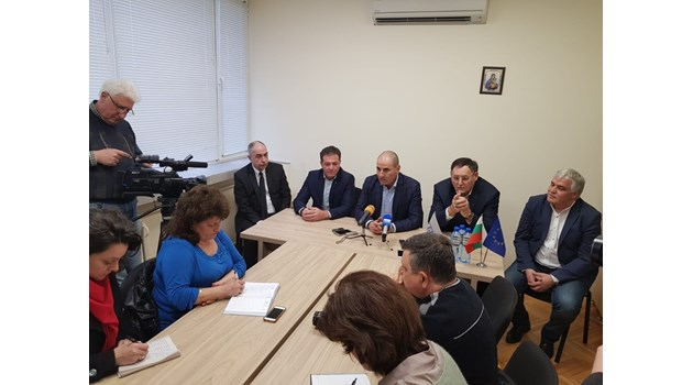 Цветанов: Докато в БСП има сблъсък , при ГЕРБ много хора могат да оглавят листата за евроизборите