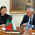 Ректорът и посланичката подписаха договор за сътрудничество