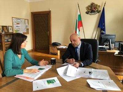 Томислав Дончев и Илиана Иванова СНИМКА: Министерският съвет