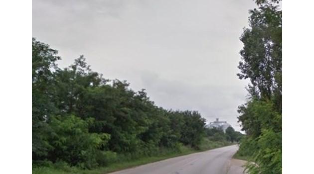 Две коли в жесток челен сблъсък край Ловеч, загинал е единият шофьор