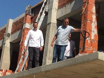 Иван Тотев /вляво/ коментира кой ще е бъдещият кмет на Пловдив.
