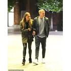 Дони и Естел на разходка в Манчестър