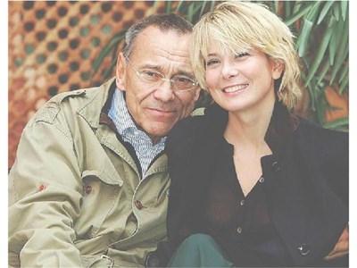Режисьорът със съпругата си - актрисата Юлия Висоцка.  СНИМКИ: ДОМ НА КИНОТО