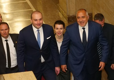 Бойко Борисов посрещна грузинския си колега Мамука Бахтадзе в Министерския съвет.
