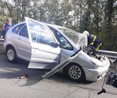 Тежката катастрофа блокира трафика между Руен и Айтос. Снимки:МВР
