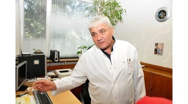 Зверски пребитият проф. Станчев: Връщам се на работа