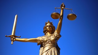 Осем месеца условно за закана за убийство на ирландец в родопско село