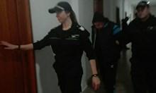 Кирил от Свети Влас, който едва не застреля жена си, иска на свобода (Видео)