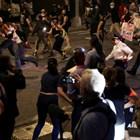 Протестиращите, разгневени от смъртта на Джордж Флойд в Минеаполис, се сблъскаха с полицията в Бруклин и Долен Манхатън СНИМКИ: Ройтерс