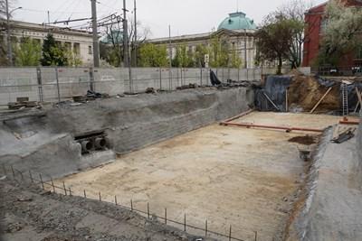 Строителните работи ще започнат до дни, а корпусът трябва да е готов догодина. СНИМКА: Десислава Кулелиева