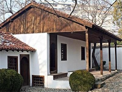 Така изглежда сега родната къща на Васил Левски. СНИМКА: