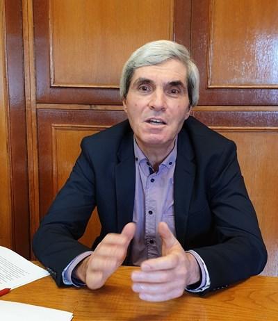 Емил Войнов е председател на Централната комисия по партиен избор на БСП. Снимка: Авторът