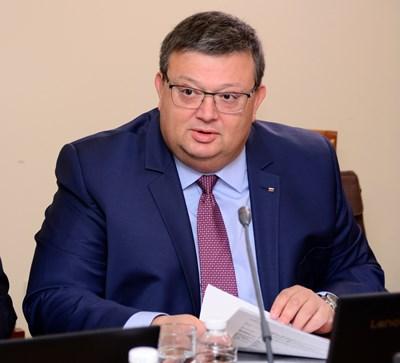 ГЕРБ и ОП предлагат Сотир Цацаров за шеф на Антикорупционната комисия (Видео)