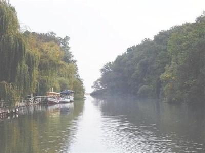 """Най-голямата атракция в """"Радуга"""" е разходка с лодка по Камчия  СНИМКА: ЙОРДАН СИМЕОНОВ/архив"""