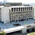 Административният съд в Стара Загора се помещава в сградата на бившия Партиен дом в града.