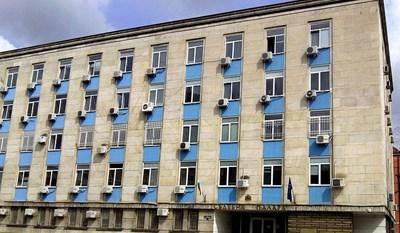 Предадоха на съд шеф на фирма и финансист в Габрово, укрили над 273 хиляди лв. данъци
