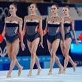 Първите олимпийски шампионки за българската художествена гимнастика излизат за съчетанието си с пет топки в Токио. СНИМКА: ЛЮБОМИР АСЕНОВ, LAP.BG