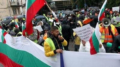 МВР ще наказва  участници в протестите, блокирали София.