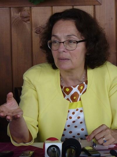 Румяна Коларова ще празнува с колеги и приятели, но след седмица
