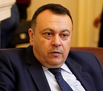 Опозицията и Симеонов против да се огласяват данни в изборния ден (Обзор)