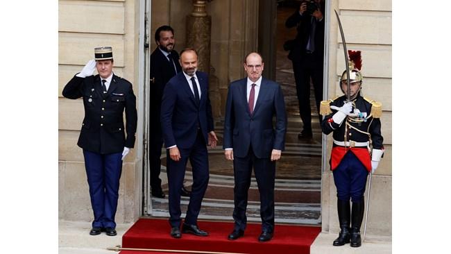 """Франция с нов премиер – """"г-н Излизане от изолацията"""" (Обзор)"""