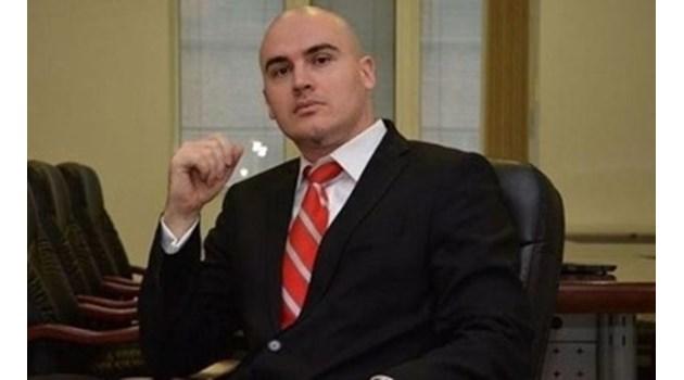 Петър Илиев напуска СУ, след като Етичната комисия го уличи в плагиатство