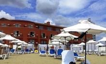 Босът на ВИС вдига хотел на пясъка