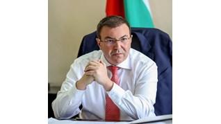 Вижте заповедта на министър Ангелов за новите мерки от петък до 21 декември (Документ, видео)