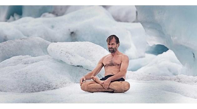 Холандец стои почти два часа в ледена вода. Американец пробягва 563 км за 81 часа