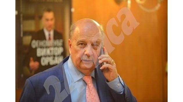 """Слави ще е трети на изборите. ГЕРБ и БСП са в """"А"""" група"""