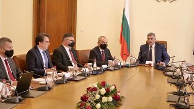 Заседание на правителството свика в понеделник премиерът Стефан Янев, за да бъде одобрена план-сметката за изборите.