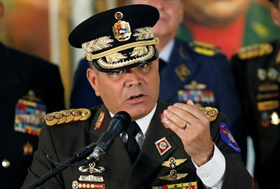 Венецуелският министър на отбраната Владимир Падрино съзря държавен преврат. Снимка РОЙТЕРС