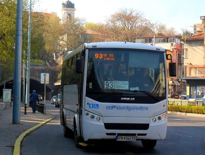 Всички градски автобуси в Пловдив са оборудвани с климатици.