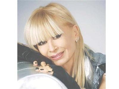 Лили Иванова е оставила всички съдебни спорове с книгата на Ангелов в ръцете на адвокатите си.  СНИМКА: ВАСИЛ КЪРКЕЛАНОВ