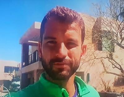 """Григор Димитров с брада по време на включването на живо от Калифорния в """"Шоуто на Николаос Цитиридис"""""""