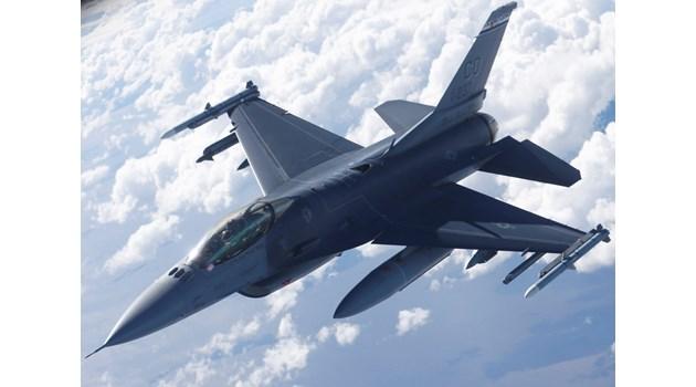 Защо F-16 винаги побеждава МиГ-29