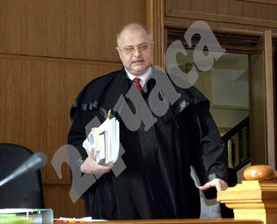 Съдия Мариян Марков бе уволнен от Висшия съдебен съвет през 2017 г. заради стотици забавени дела. СНИМКА: 24 часа